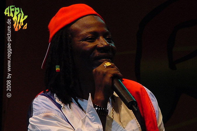 AlphaBlondy13